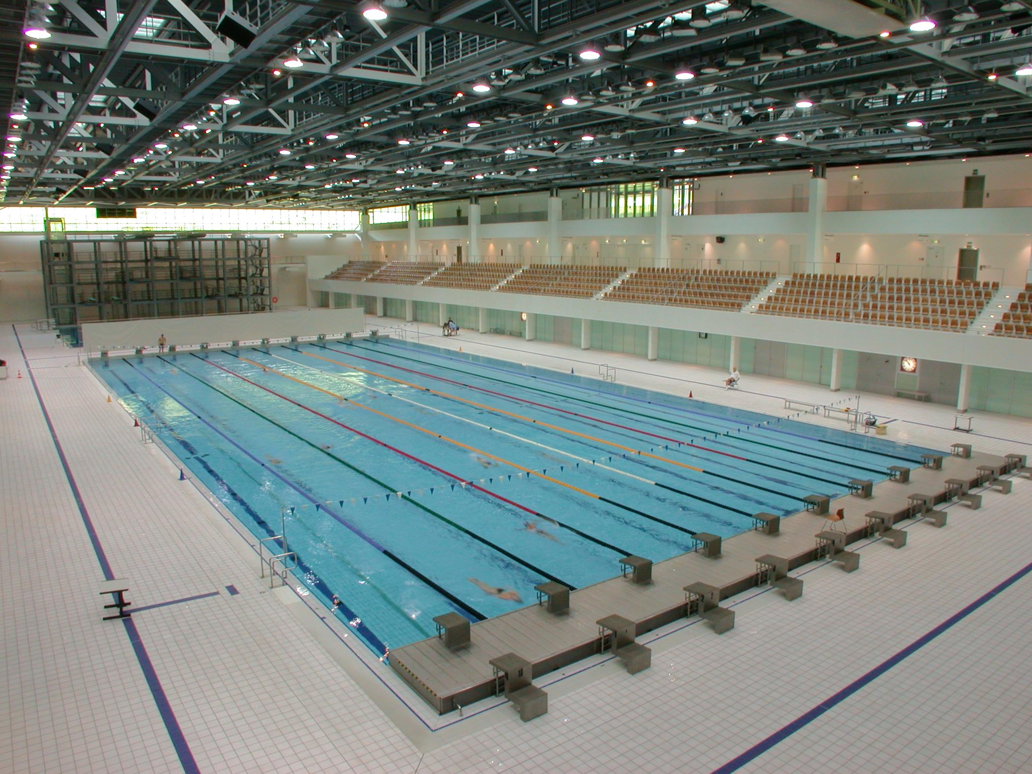sse schwimm und sprunghalle im europapark schwimmbad. Black Bedroom Furniture Sets. Home Design Ideas