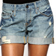 Der «Used-Look» bei Hot Pants