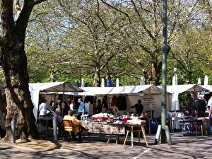 Flea Market at Fehrbelliner Platz