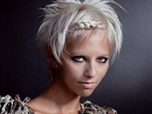 Haare Farben Die Unterschiede Zwischen Tonen Farben Blondieren