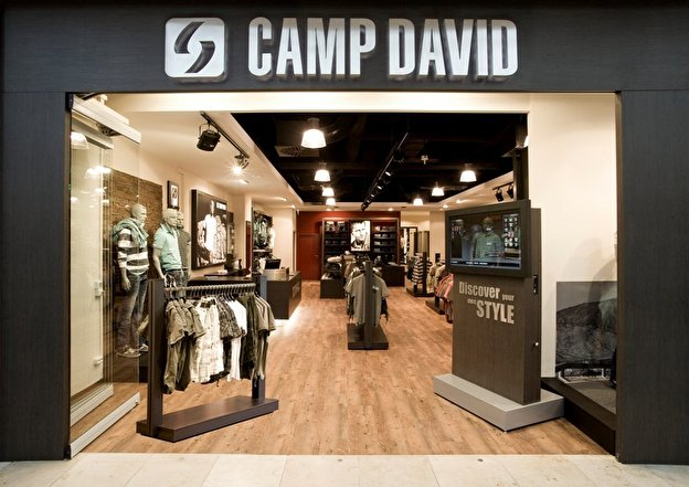 af3ed37baf2a5f Camp David und Soccx Outlet – Berlin.de