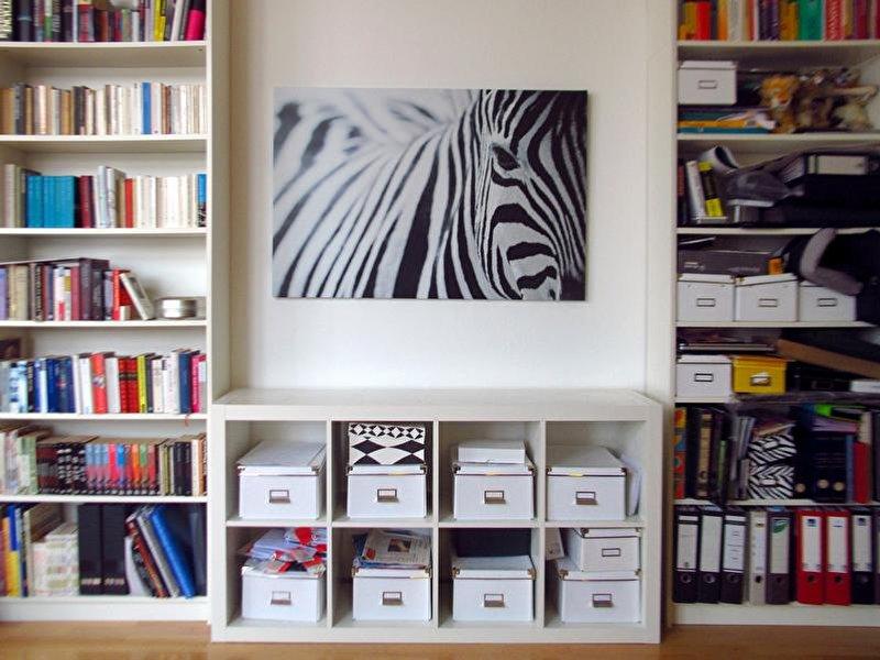 bilder aufh ngen kunstwerke richtig in szene setzen. Black Bedroom Furniture Sets. Home Design Ideas