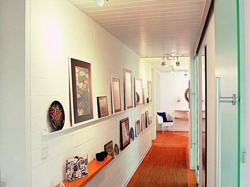 flur einrichten sieben tipps von wohnexperten. Black Bedroom Furniture Sets. Home Design Ideas