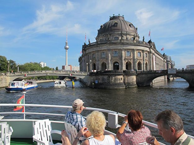 Museumsinsel mit dem Bode-Museum.