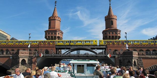 river cruise in sommer
