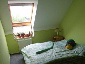 stauraum in kleinen wohnungen schaffen tipps und tricks. Black Bedroom Furniture Sets. Home Design Ideas