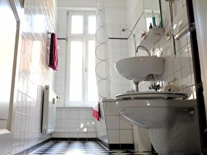 Kleine Räume Wirken In Hellen Farben Größer