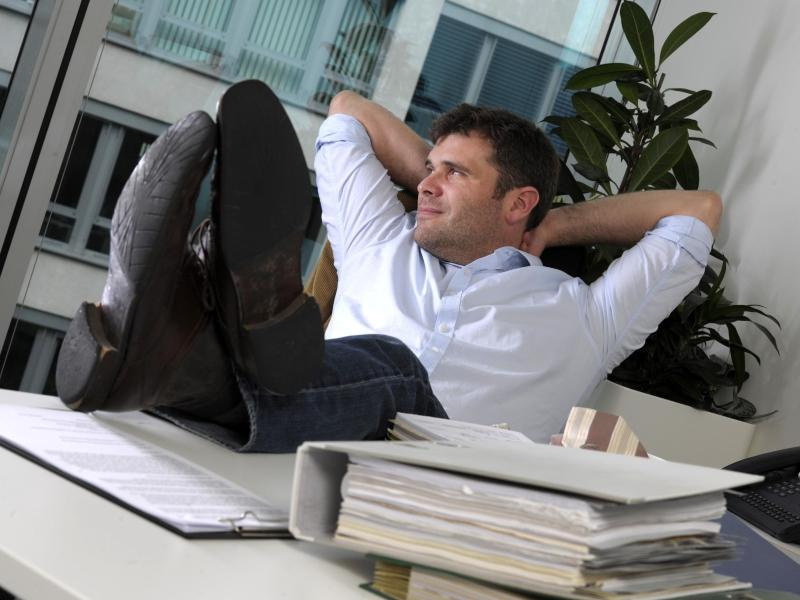 faul im job wie man mit halbem einsatz erfolg haben kann. Black Bedroom Furniture Sets. Home Design Ideas