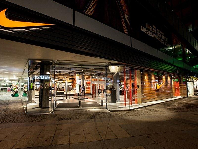 ADIDAS ORIGINALS eröffnet Flagship Store in Berlin!