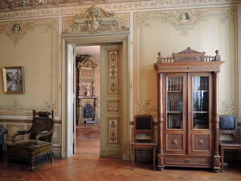 hinter der fassade wie berliner fr her wohnten. Black Bedroom Furniture Sets. Home Design Ideas