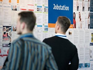 Viele Angebote auf einer Jobmesse