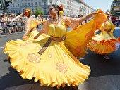 Straßenparade beim Karneval der Kulturen