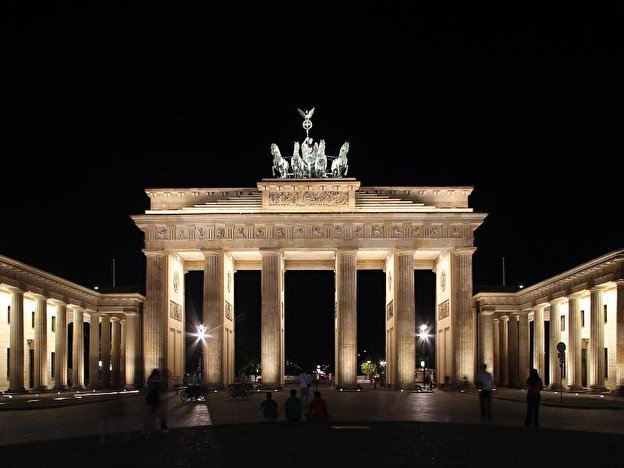Brandenburg Gate – Berlin de
