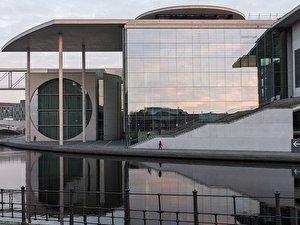 Architektur wichtige berliner bauwerke - Dekonstruktivismus architektur ...
