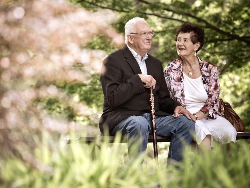 Neue Partnerschaft im Alter: Erfahrungen für Beziehung