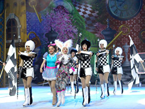 Alice im Wunderland on Ice 2017