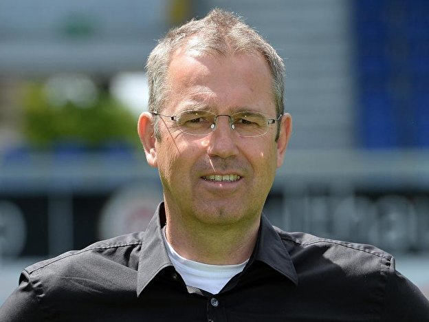 U17-Nationaltrainer Michael Feichtenbeiner
