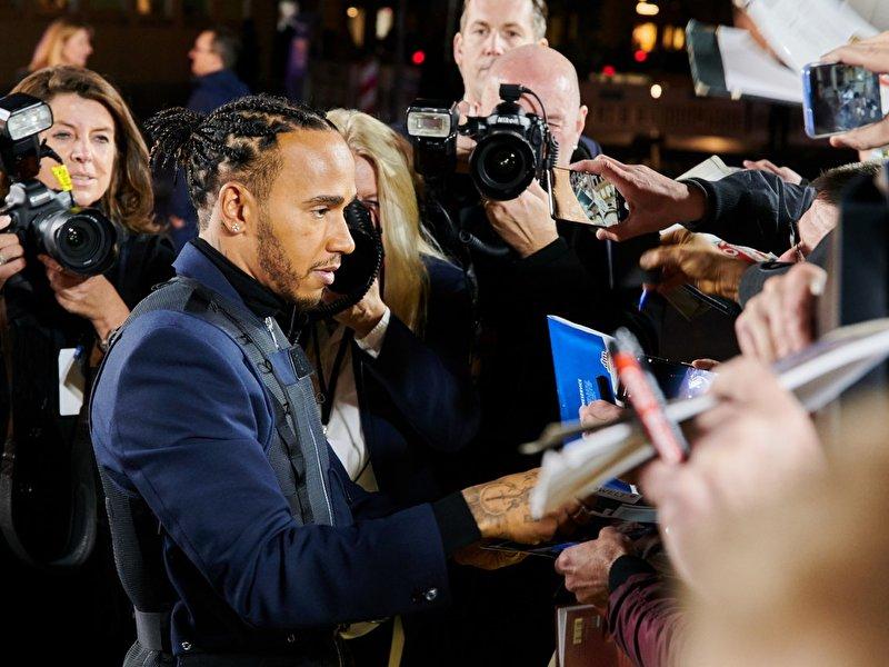 Lewis Hamilton sieht Pharrell Williams als Vorbild - Berlin.de