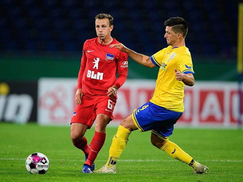4:5 gegen Braunschweig: Hertha verliert bei Pokal-Spektakel