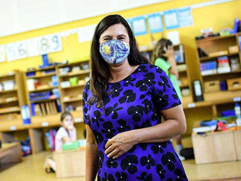 Schulen bekommen Geräte zur Luftreinigung