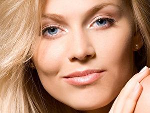 Augen Make Up Profi Tipps Für Strahlende Augen Berlinde