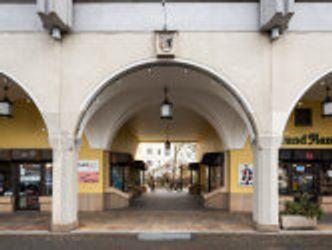 Bildvergrößerung: Nikolaiviertel, Arkaden an der Rathausstraße