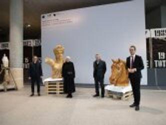 Bildvergrößerung: Eröffnung der Schau-Werkstatt zur Quadriga im Deutschen Bundestag, Oktober 2020
