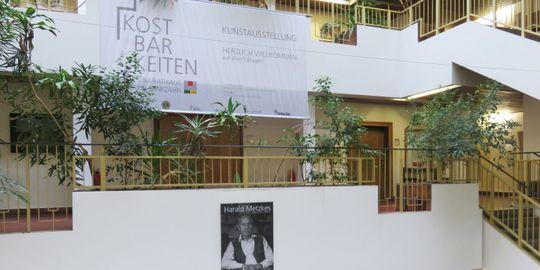 Kunstausstellung im Foyer des alten Rathauses