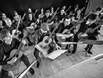 Bildvergrößerung: Gitarrenorchester Fête de la guitare