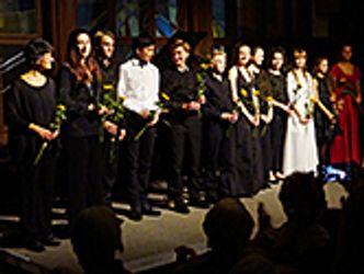 Bildvergrößerung: Junge hochbegabte Musiker auf der Bühne