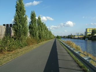 Link to: Teltow Canal Walk