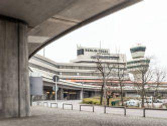 Bildvergrößerung: Flughafen Tegel, Terminal A und A1 und äußere Vorfahrt