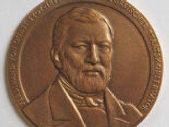 Ferdinand-von-Quast-Medaille aus Bronze, Vorderseite