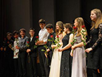 Bildvergrößerung: junge Musikerinnen und Musiker der Internationalen Musikakademie