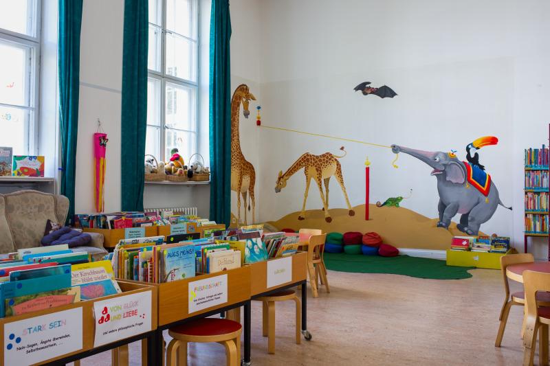 stadtteilbibliothek sch neberg nord. Black Bedroom Furniture Sets. Home Design Ideas
